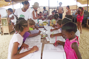 Kinder in der 'Schule in der Natur'