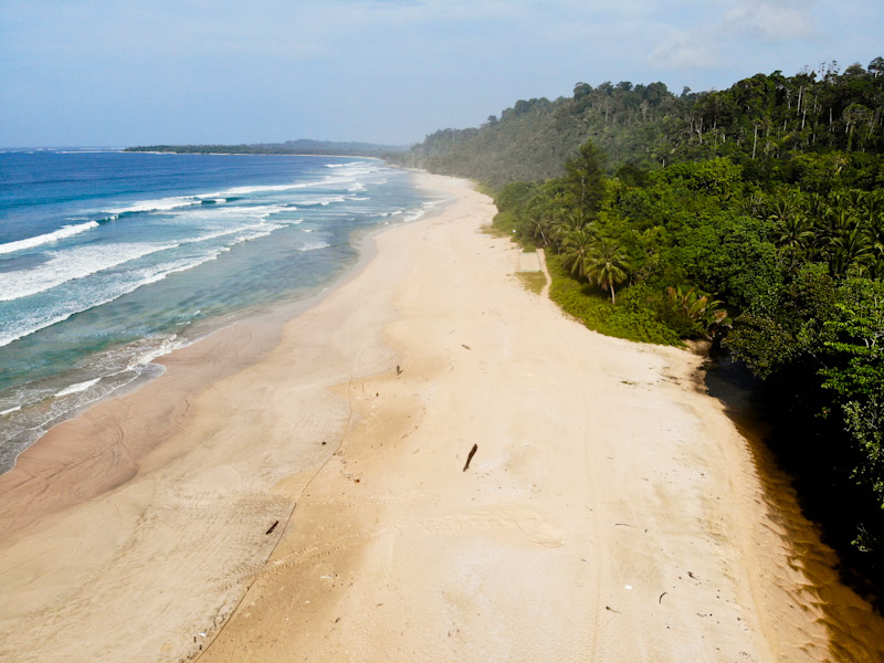 Beach of Buggeisiata, Sipora, Indonesia