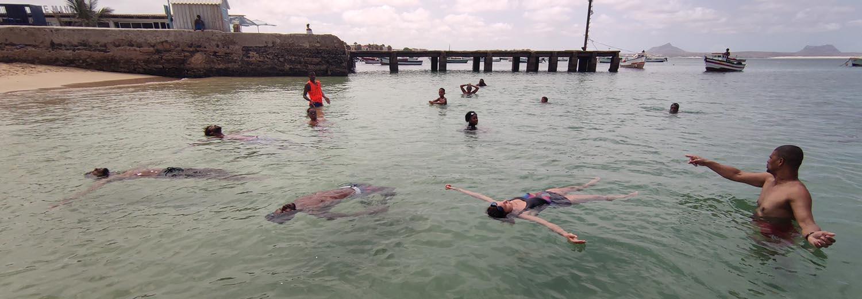 Swimming course for children on Boa Vista