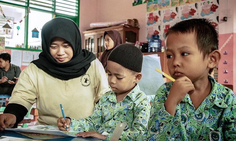 Environmental education for school kids in Berau, Indonesia