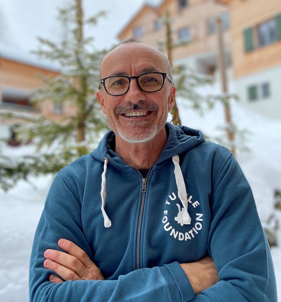 Dr. Frank Zindel