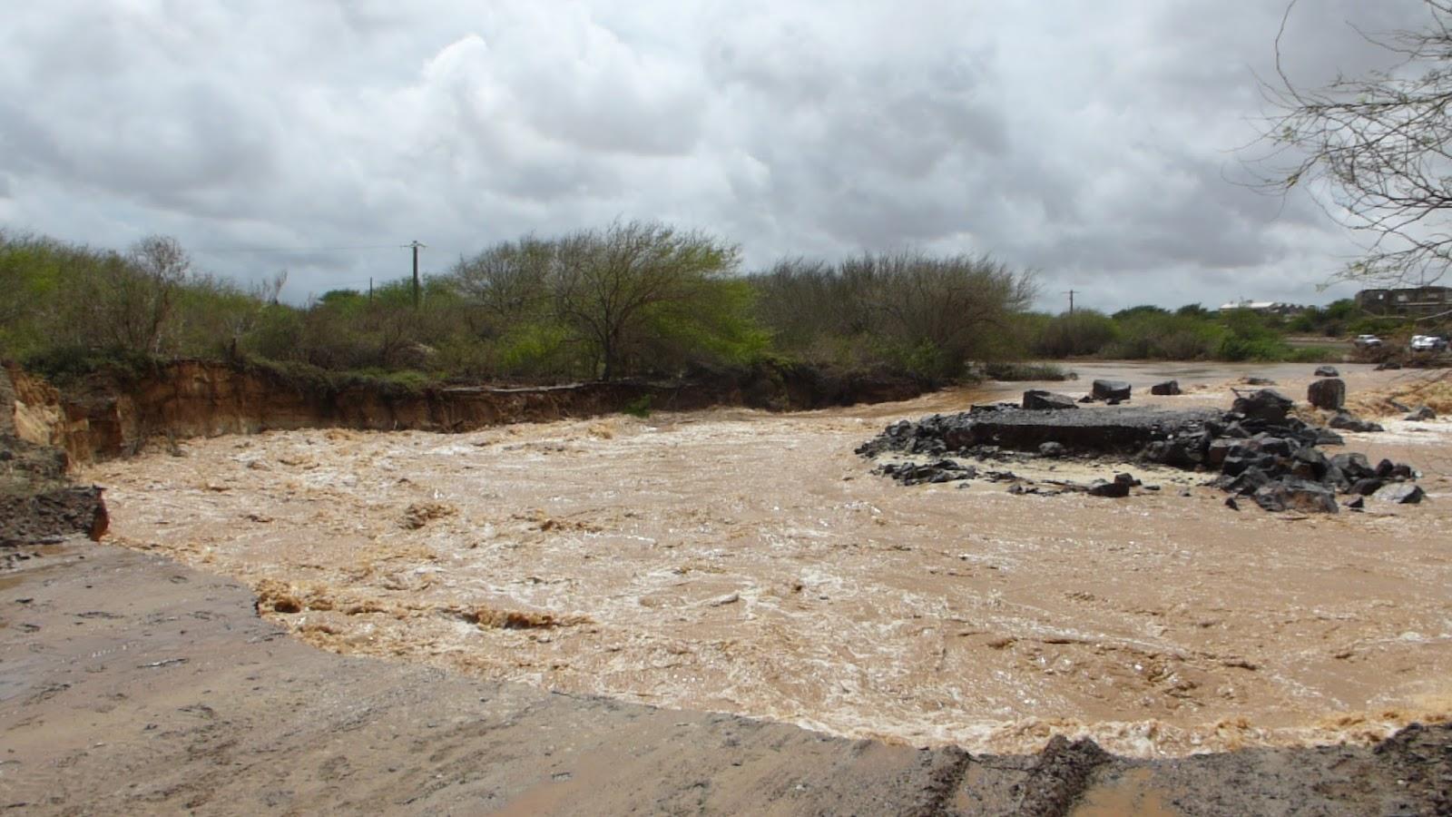 The rain came - the bridge went