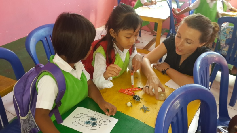 Hana report November 2015 – teaching in kindergarten