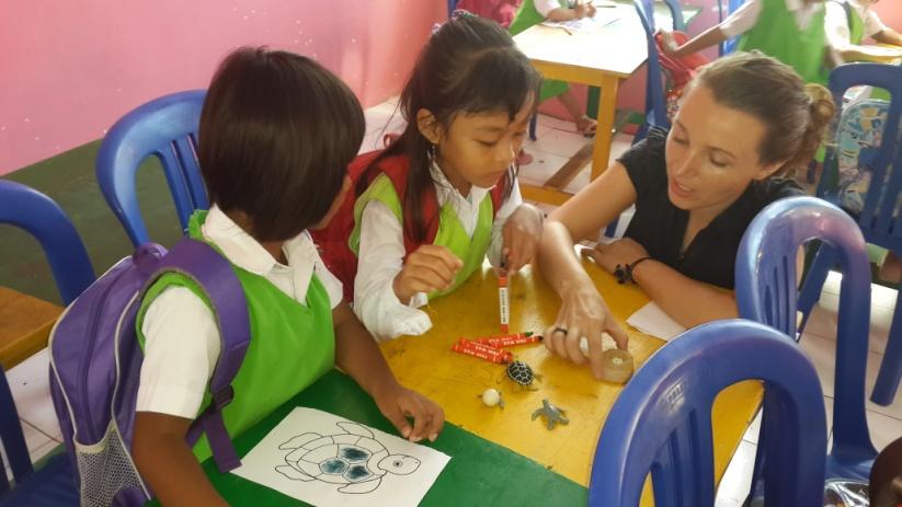 Hana report November 2015 – teaching in kindergarten