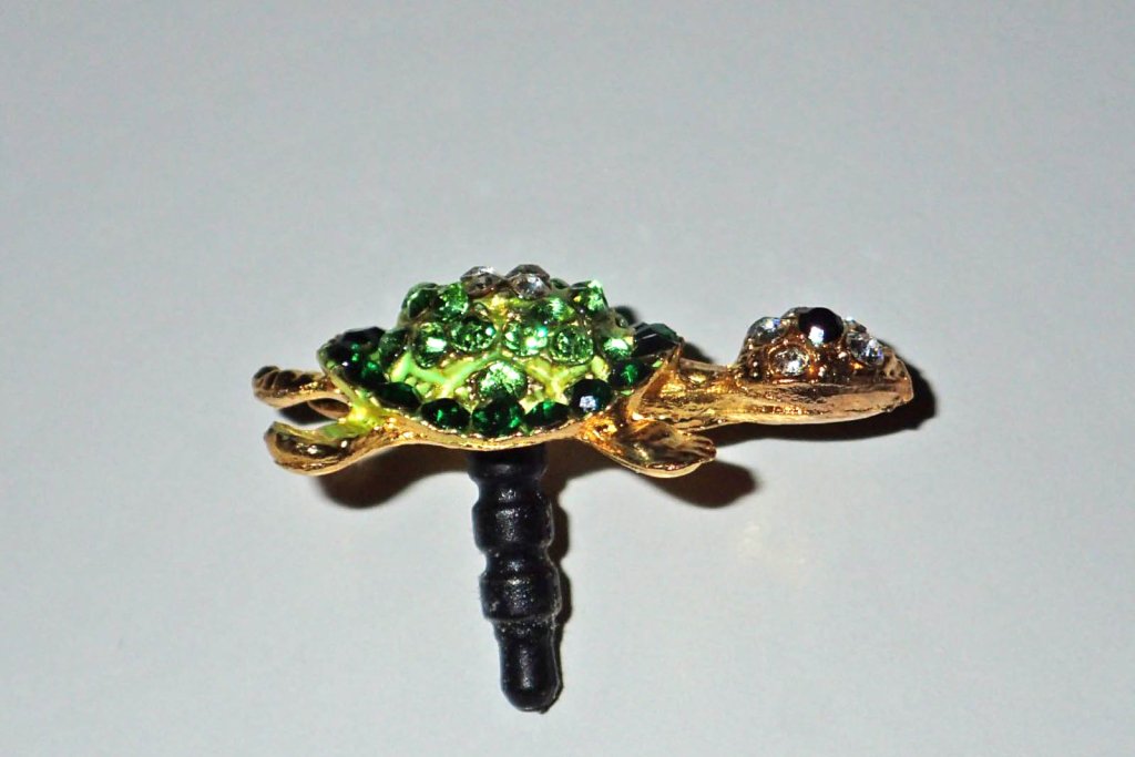 Turtle mobile phone dust plug